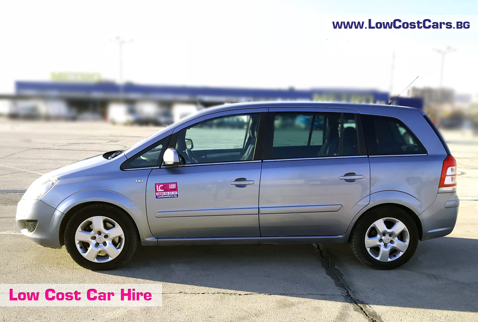 Opel Zafira под наем